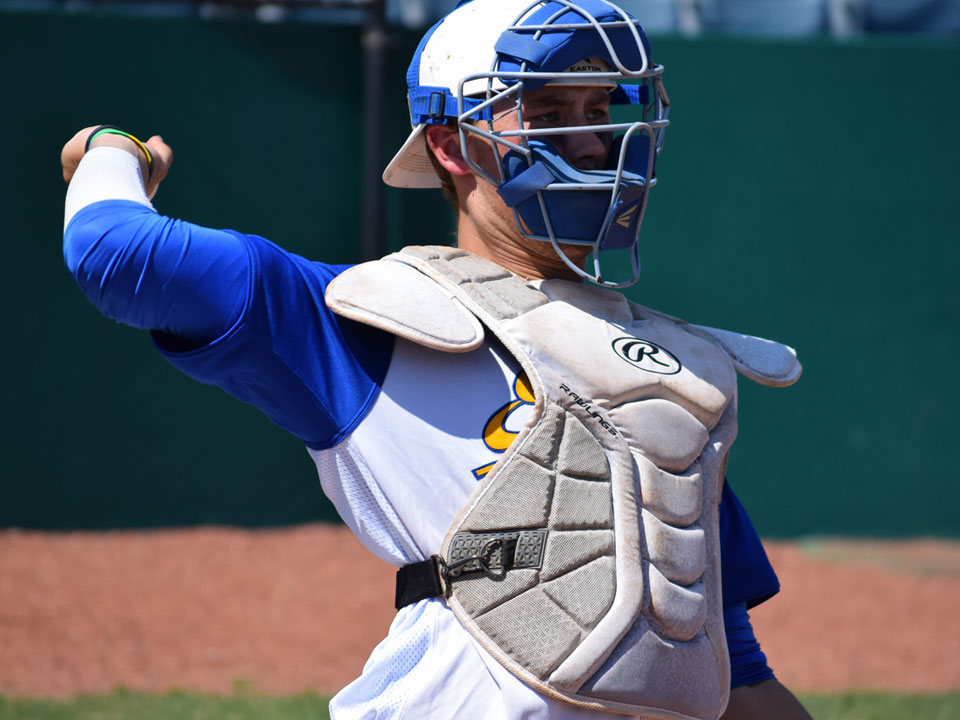 CATCHER JAKE SIMPSON SIGNS WITH TRAVERSE CITY OF THE FRONTIER LEAGUE